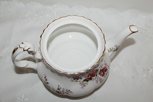 Royal Albert Lavender Rose Teapot with Different Lid, 4 Cup Teacup