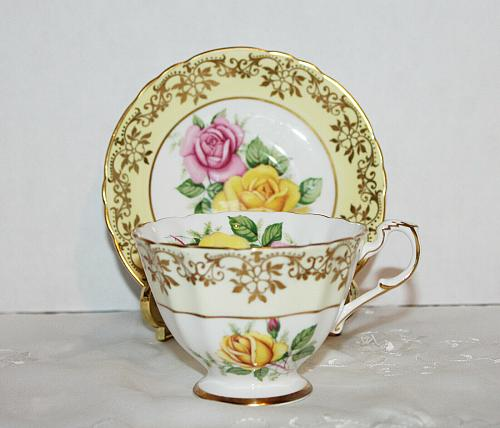 Vintage Paragon Yellow Teacup & Saucer Gold Overlay Large Pink and Yellow Roses