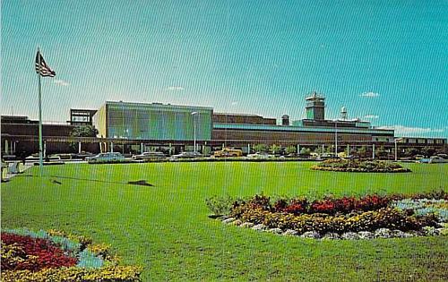 Philadelphia International Airport Circa 1964 Postcard