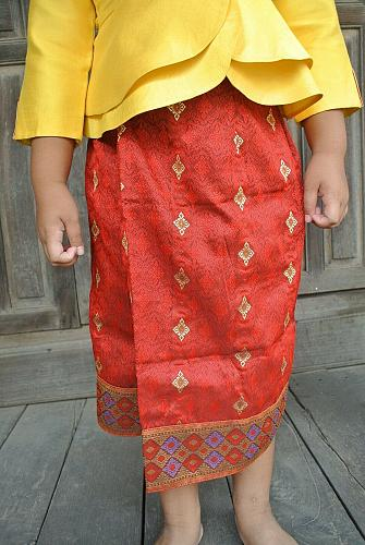 Yellow Lao Laos Girl Tradition Dress Clothing 3/4 Seeve Blouse Red Sinh Size 8-9