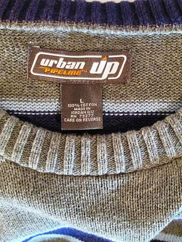 URBAN UP mens Large L/S GRAY PURPLE STRIPED CREW NECK SWEATER (A)