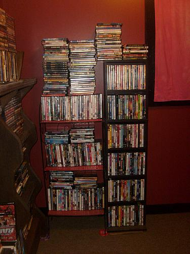 LOT OF 100 DVDs! TV SHOWS & MOVIES!, PLUS FREE GIFT