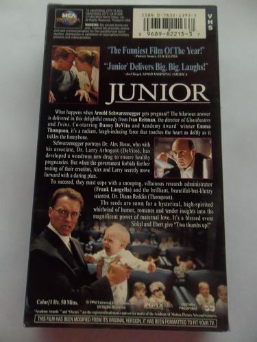 JUNIOR (VHS) ARNOLD SCHWARZENEGGER (COMEDY/FAMILY), PLUS FREE GIFT