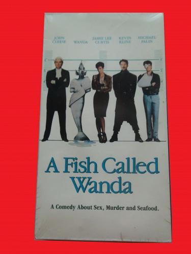 A FISH CALLED WANDA, BRAND NEW(VHS) JOHN CLEESE (RMANTIC CMEDY/THRILL),PLUS FREE GIFT