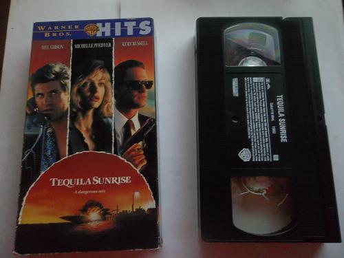 TEQUILA SUNRISE (VHS, FAST SHIPPING!) MEL GIBSON (ACTION/DRAMA), PLUS FREE GIFT