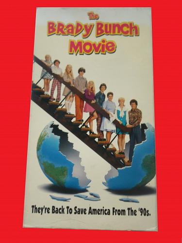 THE BRADY BUNCH MOVIE (VHS) SHELLEY LONG (FAMILY/COMEDY), PLUS FREE GIFT