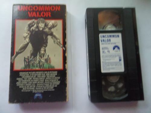 UNCOMMON VALOR (VHS) GENE HACKMAN (ACTION/ADVENTURE/WAR), PLUS FREE GIFT