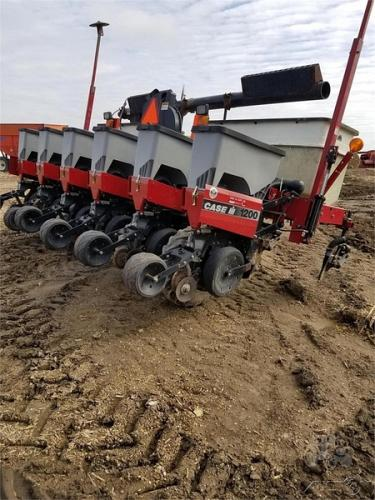 2007 Case IH 1200 Planter For Sale in River Falls, Wisconsin 54022