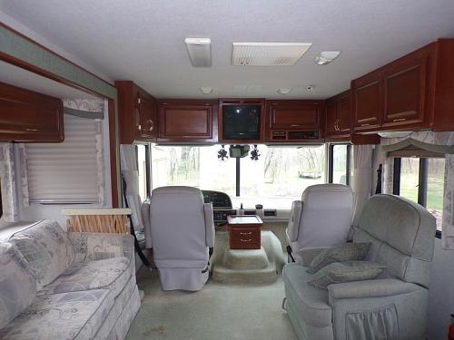 2002 Fleetwood Bounder M-32H For Sale in Watts Oklahoma 74964