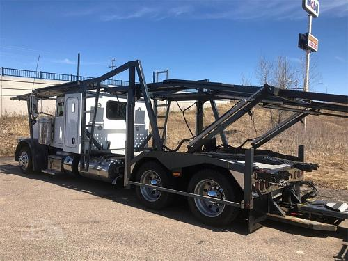 2013 Peterbilt 388 Semi Tractor With 9 Car 2013 Cottrell Trailer