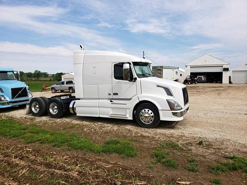 2013 Volvo VNLT630 Semi Tractor For Sale in Schleswig, Iowa 51461