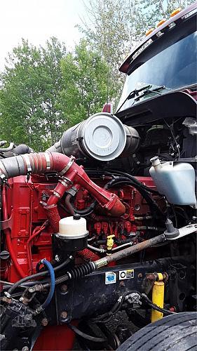 2007 Kenworth T600 Semi Tractor
