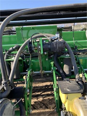 2013 John Deere DB88 Planter