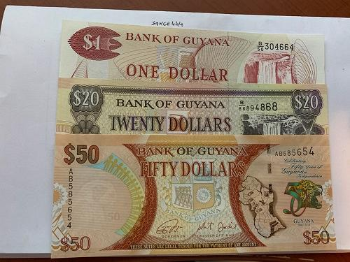 Guyana lot of 3 uncirc. banknotes ( 50 dollars is polymer )
