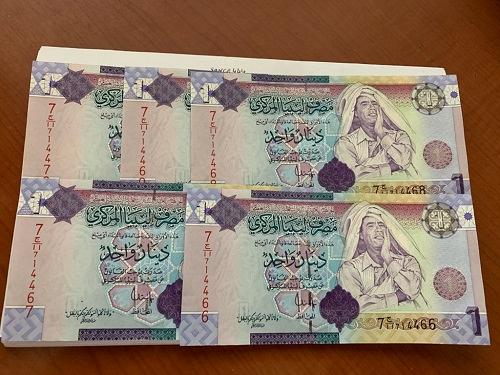 Libya 1 dinara lot of 5 uncirc. banknotes 2009