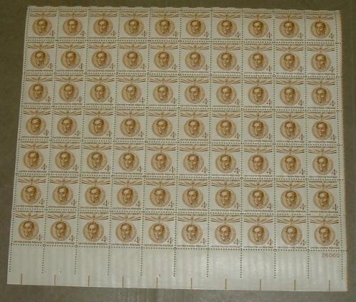 US, Scott# 1110, four cent Simon Bolivar sheet of 70 stamps (0105)