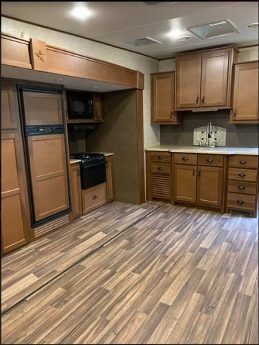 2016 Highland Ridge Open Range Light 319RLS For Sale In Afton, Virginia 22920