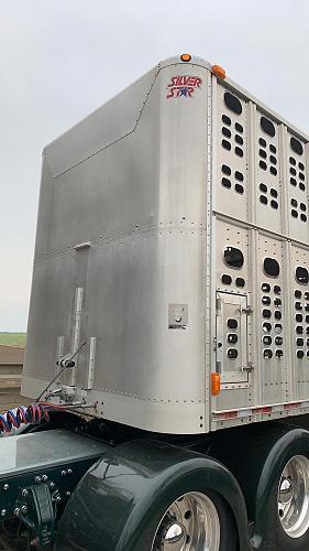 2011 Wilson PSDCL-402 Livestock Semi Trailer For Sale in LaCygne, Kansas 66040