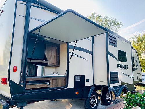 2017 Keystone Premier 26RBPR