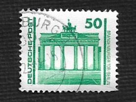 German DDR Used Scott #2834 Catalog Value $.65