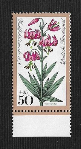 German MNH Scott #555 Catalog Value $.65