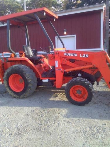 Kubota L35 Tractor