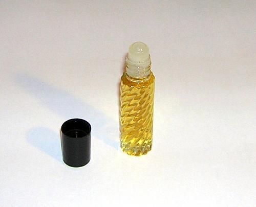Opera - Indian Perfume Oil / Attar ~10 ml