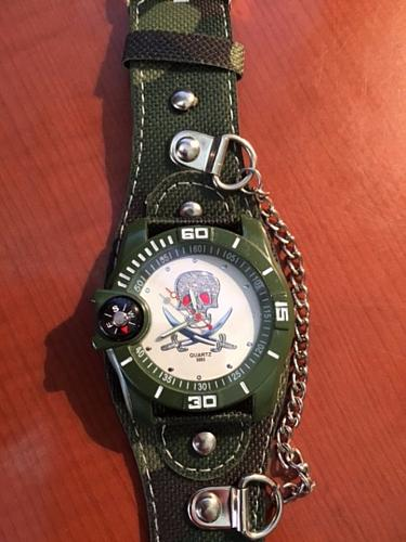 Cool Quartz Skull Wrist Watch Unisex Wt Compass new FREE SHIPPING