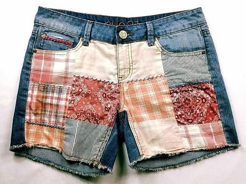 rue21 Women's Jean Shorts Size 5 Blue Patch Work Raw Hem Pockets