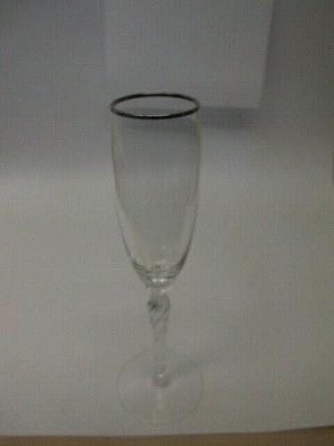 Lenox Madison flute / champagne Crystal platinum Made in USA