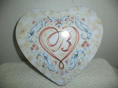 Twelve Brighton Heart Tins