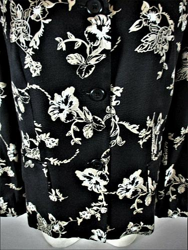 CHARTER CLUB womens Sz 10 L/S black FLORAL GRAPHIC lined 100% SILK jacket (A8)P