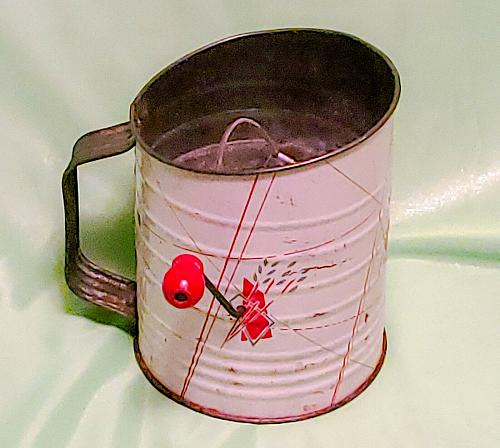 Vintage Bromwell's 3 Cup Flour Sifter White w/ Red Graphics with Wood Knob Rare