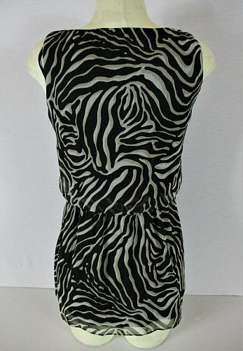 aDRESSing WOMAN womens Small sleeveless black tan white ANIMAL PRINT top (V)