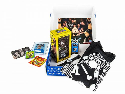 Crate Pro Wrestling box set LOT RAW DVD's, T-Shirt WWF Free Shipping