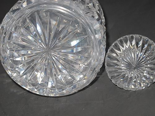 Hand Cut glass faceted 3 ring neck decanter crosscut with mushroom stopper