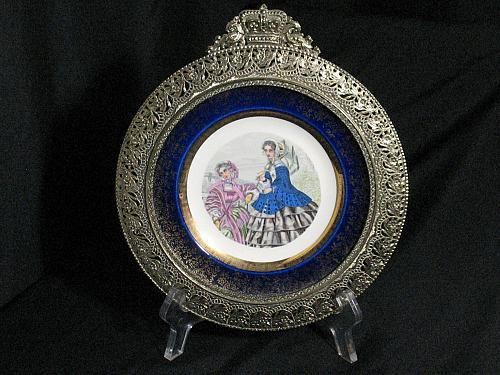 Century Salem 23k Gold trim Fancy Frame Plate Victorian women Civil war Fashion