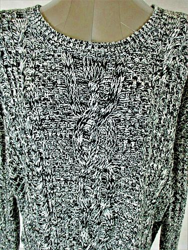 EXPRESS womens Small L/S black white HI LOW lightweight CABLE KNIT sweater (B2)P
