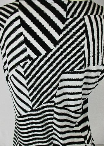 DRESSBARN womens Sz PL S/S black white STRIPED stretch top (O)
