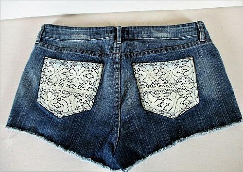 FOREVER 21 womens Sz 30 W32 blue denim LACE POCKETS distressed stretch shorts K)