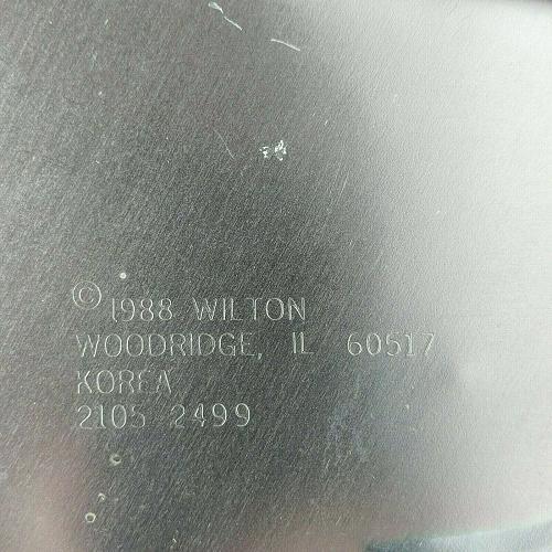Vintage Wilton Swan Cake Pan 1988 2105-2499