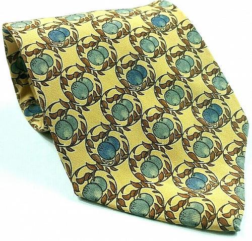 Lord & Taylor Grapes Vineyard Silk Novelty Tie