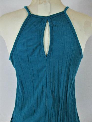 NO BOUNDARIES womens Small (3-5) sleeveless blue LACE NECKLINE stretch top (E)