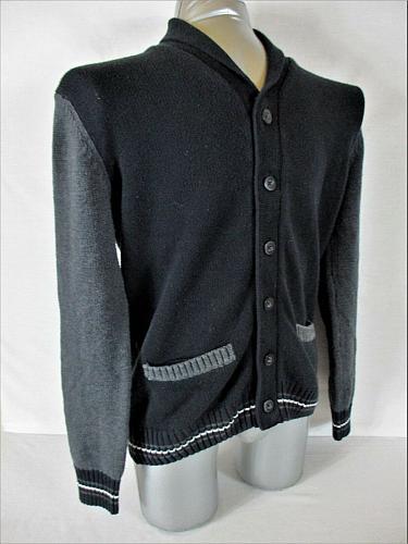 RETROFIT mens Medium black gray white BUTTON DOWN 2 POCKET cardigan sweater (A7)