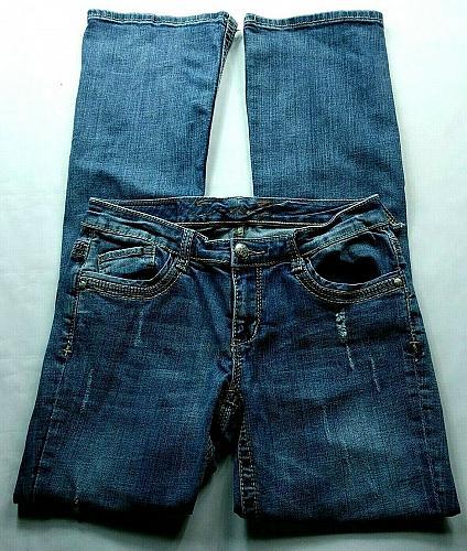 Seven7 Women's Flare Jeans Size 6 Rhinestones Distressed Stretch Medium Wash
