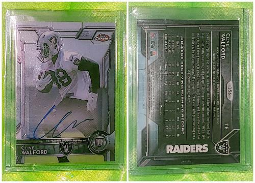 NFL Clive Walford Oakland Raiders Autographed 2015 Topps Chrome RC Mint