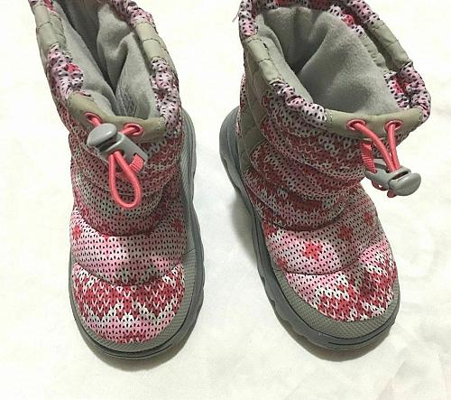 Girls Lands End Winter Boots Size 10 Fabric printed Boots Gray and pink