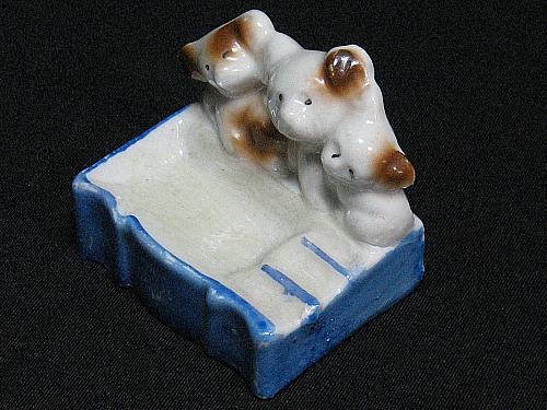Vintage Porcelain Ashtray Bears Cubs Figural Snuffer Japan Lustreware