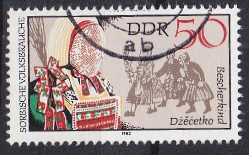 GERMANY DDR [1982] MiNr 2721 ( OO/used ) Trachten