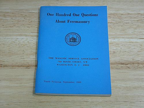 One Hundred Questions About Freemasonry Tenth Printing September 1965 EUC